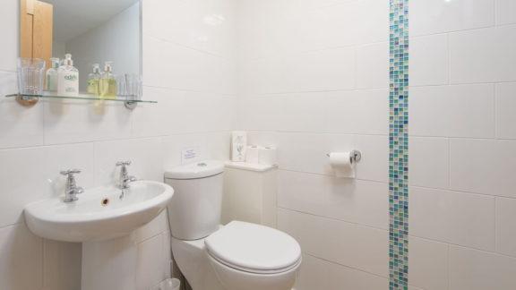 en-suite with shower
